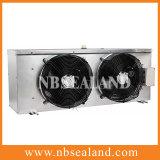 D datilografa o refrigerador de ar para o quarto frio
