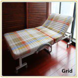 Steel Frame、Mattress、Red Cover (190*100cm)の折畳み式のGuest Bed