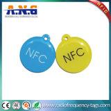 Etiqueta de epoxy redonda del Hf RFID con el sacador de orificio y el acollador