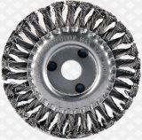 Applicazione della spazzola della tazza/di spazzola filo di acciaio di arrugginimento chiaro