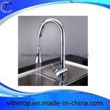 D'ottone scegliere il rubinetto della maniglia per la cucina e la stanza da bagno