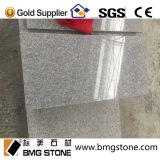 Chinesischer mittlerer grauer Granit G633, der Fliesen pflastert