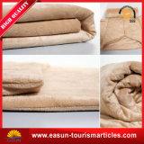 1枚の枕毛布に付きプラシ天の動物旅行2枚