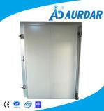 販売のための冷蔵室の引き戸