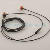 携帯電話のMP3プレーヤーのための木のEarbudの耳のイヤホーン