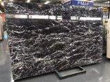 La fábrica tasa directo la encimera de mármol negra italiana de Nero con las venas blancas