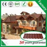 Prix de tuile de toiture dans la tuile de toit enduite en métal de pierre de Chine