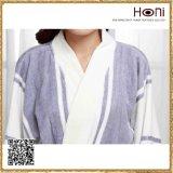 女性のための最も新しいデザイン昇進の卸し売り浴衣