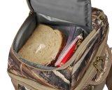 Il sacchetto del pranzo di Realtree Camo ha isolato