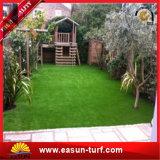 Het kunstmatige Gras van het Gras voor de Tuinen die van Huizen het Kunstmatige Gras van het Gras modelleren