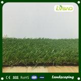 Hierba artificial del paisaje y césped sintetizado con precio barato