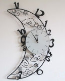 Часы стены металла типа формы луны сладостные для спальни