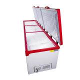 A parte superior da grande capacidade abre o congelador da caixa de três portas para o supermercado
