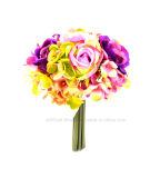 人工的な混合された別のカラーによって絹のローズは11本の枝が付いている花束が開花する