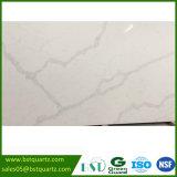Laje de imitação de mármore artificial branca de quartzo de Calacatta Nuvo