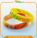 Wristband del silicone di disegno con il marchio sollevato