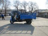 Véhicule chinois diesel de roue de Waw trois avec les dispositifs de protection en cas de renversement et le parasol