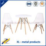 Tabella domestica rotonda di svago della noce delle Tabelle pranzanti della replica/piedino del faggio
