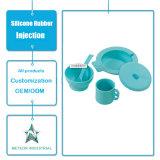 カスタマイズされた食品等級のシリコーンの製品の毎日の使用テーブルウェア台所用品のシリコーンの注入