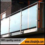 Railing балкона нержавеющей стали стеклянный