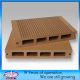 Настил Decking WPC (древесина и пластичная смесь) для напольного сада