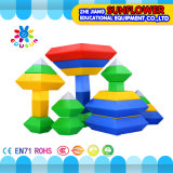 Os brinquedos inteletuais dos brinquedos dos blocos de apartamentos, mesa plástica colorida obstruem brinquedos do Desktop do brinquedo
