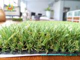 最も柔らかい庭のDeckingの人工的な芝生の美化の住宅の使用