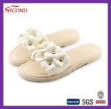 Sandali bianchi del PVC della Rosa delle donne di colore