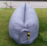 Sofà gonfiabile di nylon impermeabile di sonno dell'aria (B0022)