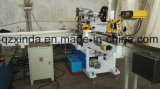 Contando a linha de produção de dobramento da máquina do lenço