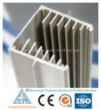 L'aluminium de prix usine a expulsé profil pour le matériau de construction utilisé par industrie