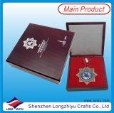Médaille faite sur commande en métal avec la boîte-cadeau en bois de cas d'exposition à vendre