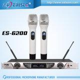 Microphone sans fil d'acoustique de la Manche professionnelle de la fréquence ultra-haute Dual/2 pour la musique, se réunissant