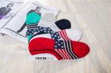 Form-Markierungsfahnen-Entwurfs-Mann-Tief-Schnitt trifft unsichtbare Socken-Vorstand-Socken mit Silicion Gel-Ferse hart