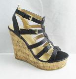 Dame Wedge Shoes mit Knöchel-Brücke