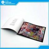 Livro infantil da cor cheia de emperramento perfeito da impressão