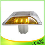 Amarelo LED Solar Estrada Stud Flashing Light com CE RoHS