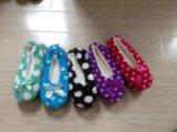 5つのカラー点の女性の屋内靴