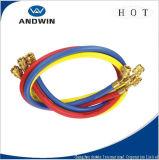 Rouge/jaune/boyau de remplissage réfrigérant bleu/noir avec le robinet à tournant sphérique