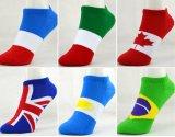 Chaussettes colorées de drapeau national de pays de conception de client de fabrication