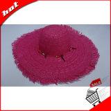 Carrocería de sombrero de papel hecha punto roja de paja