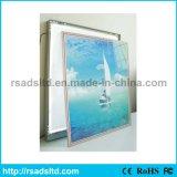 Cadre léger magnétique acrylique clair du bâti DEL