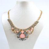 Nuevo collar de la joyería de la manera de la flor de la resina del item