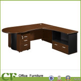 Moderno escritorio de oficina ejecutiva de MFC CEO