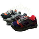 Pattini casuali della scarpa da tennis di modo delle nuove donne calde