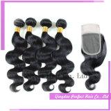 Paquets brésiliens bon marché de cheveu de 4+1 groupes avec la fermeture