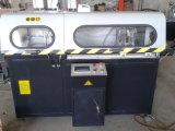 A estaca automática considerou para os perfis de canto do alumínio do conetor