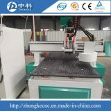 Маршрутизатор CNC Atc 8 резцов положений деревянный работая