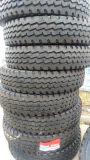 Neuer Reifen-Produkt-LKW-Reifen (12.00R24) nach Verteiler Wx831 suchend