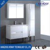 Moderner weißer Pcv Fußboden-stehende Badezimmer-Schrank-Möbel